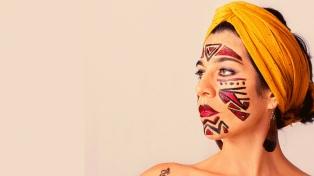 """Cintia Arévalo, una """"Navegante"""" por sonidos latinoamericanos"""