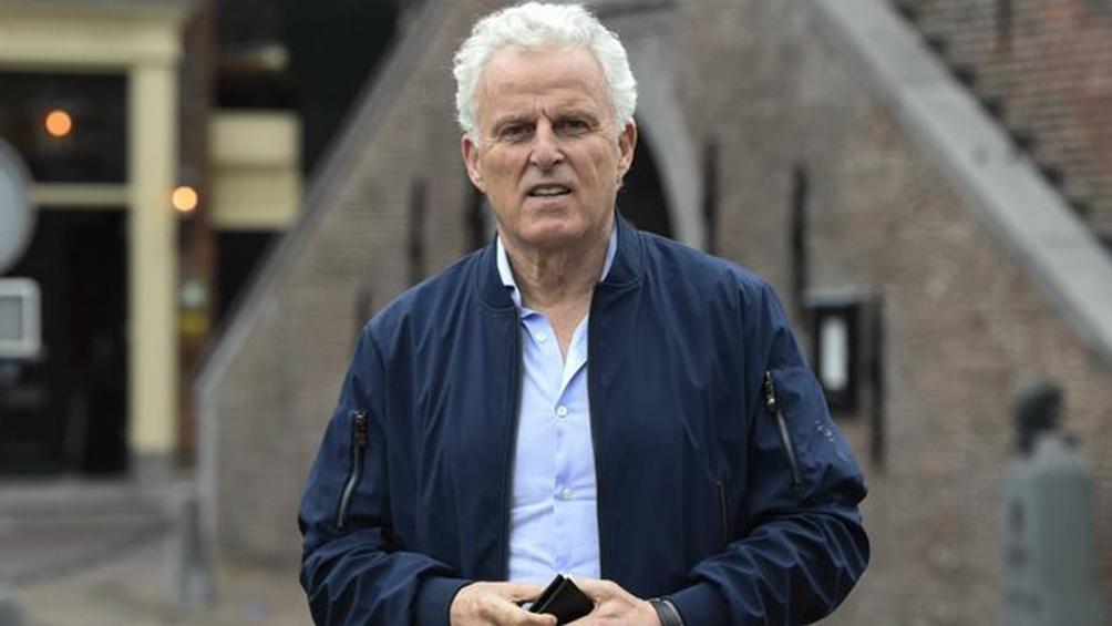 Peter R. De Vries یک پرچین معروف در هلند ساخت.