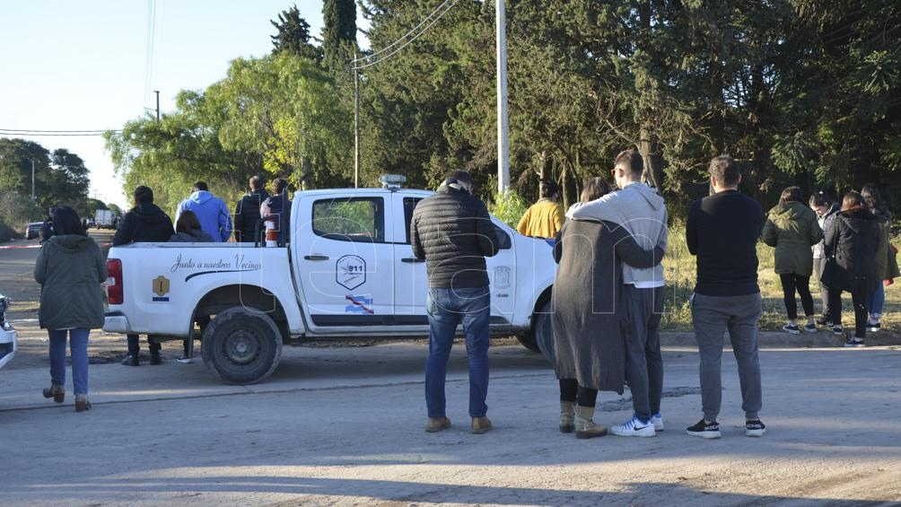 Gonzalo Calleja fue encontrado en un terreno descampado ubicado en las calles Báez y Montiel. Foto: Saravia Hernán