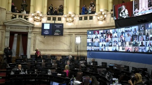 El oficialismo cruzó a la oposición y criticó a Macri tras el pedido de repudio del brindis en Olivos