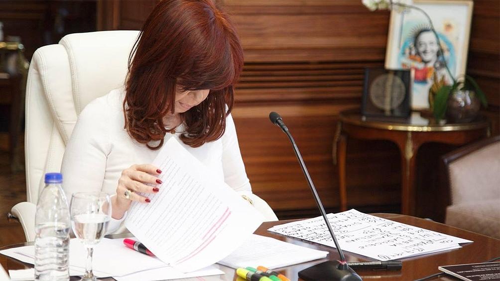 La audiencia cuenta con la presencia de la vicepresidenta Cristina Fernández de Kirchner, entre otros procesados en el caso. Foto: Charo Larisgoitia