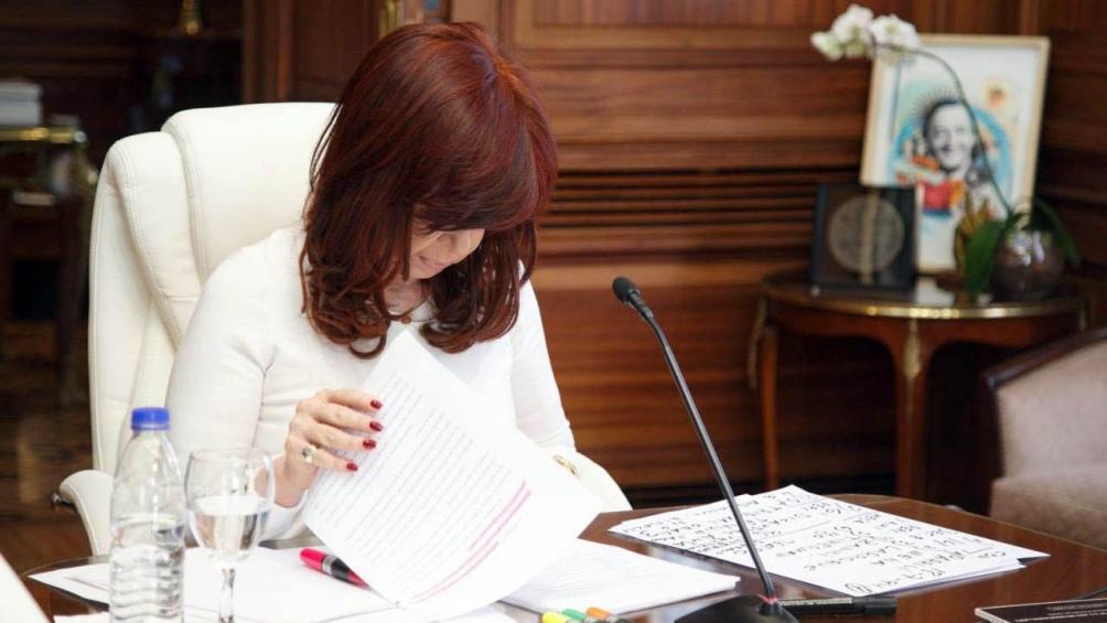 Los jueces que sobreseyeron a la vicepresidenta Cristina Fernández de Kirchner y el resto de los acusados por inexistencia de delito.