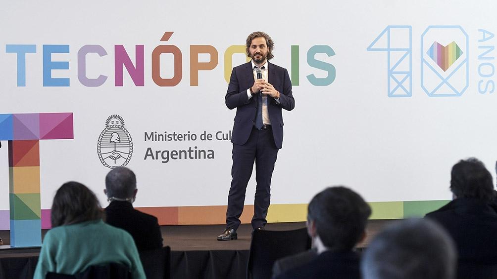 El jefe de Gabinete, Santiago Cafiero encabezó el acto por el décimo aniversario de la inauguración de Tecnópolis. Foto: Daniel Dabove.
