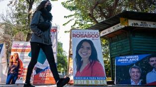 Los ganadores de las primarias presidenciales en Chile, con discursos de renovación