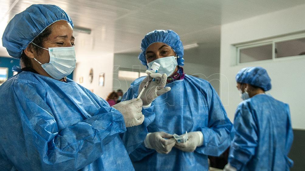 El objetivo santiagueño es haber vacunado a toda la población con al menos una dosis a fines de agosto. Foto: Emilio Rapetti