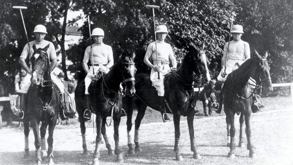 Juan Nelson, Juan Miles, Enrique Padilla y Arturo Kenny los primeros dorados en el olimpismo argentino.