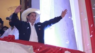 Alberto Fernández viajará a Perú para la asunción presidencial de Pedro Castillo
