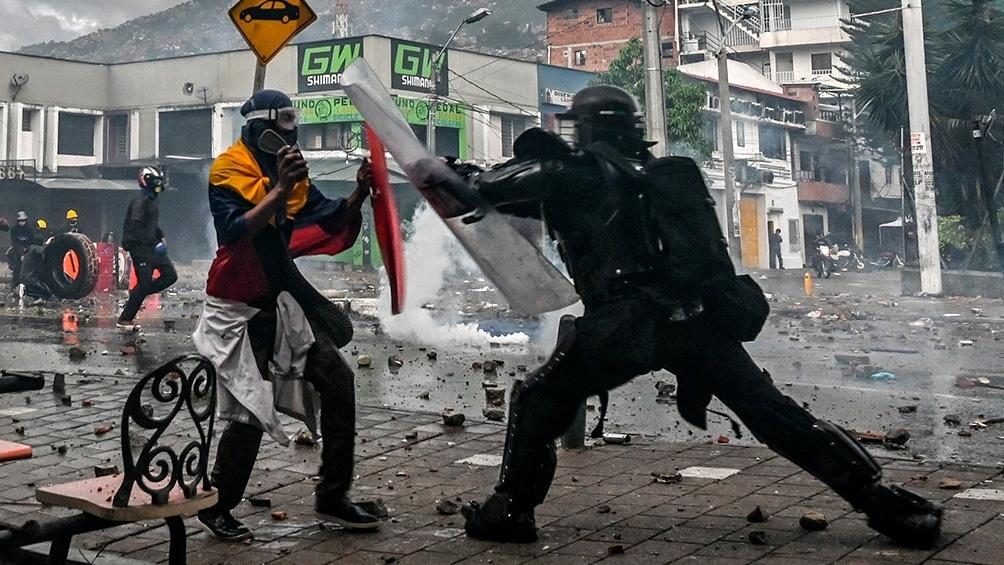 Las protestas callejeras y el paro nacional se extendieron por casi dos meses, del 28 de abril al 15 de junio.