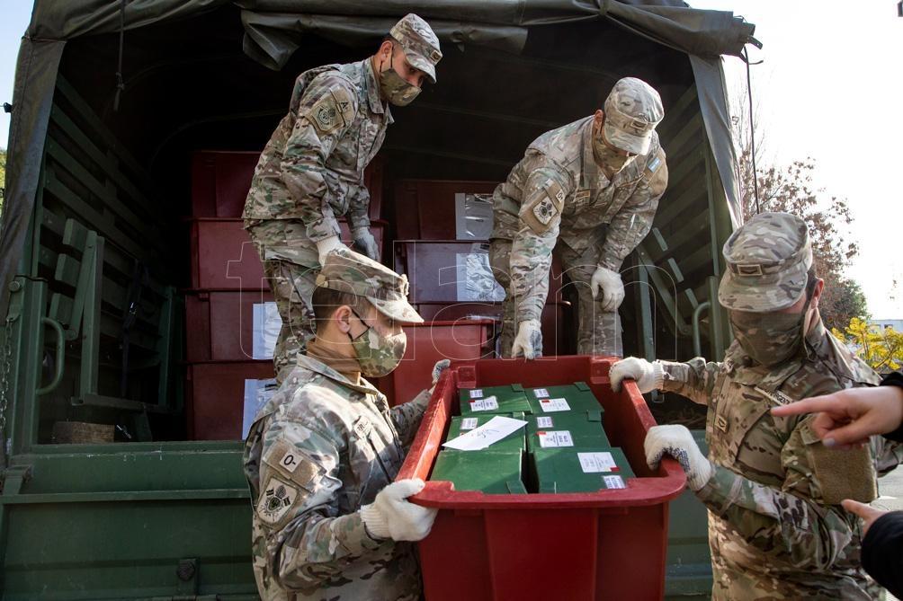 Gracias a un convenio con el Ministerio de Defensa, la mudanza puede hacerse sin perjudicar el material.