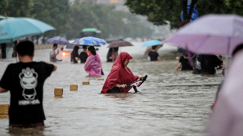 Las evacuaciones tuvieron lugar en Zhengzhou, una ciudad de 10 millones de habitantes.