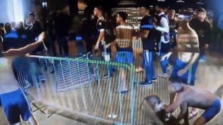 Mineiro responsabiliza al plantel xeneize por los incidentes tras el partido