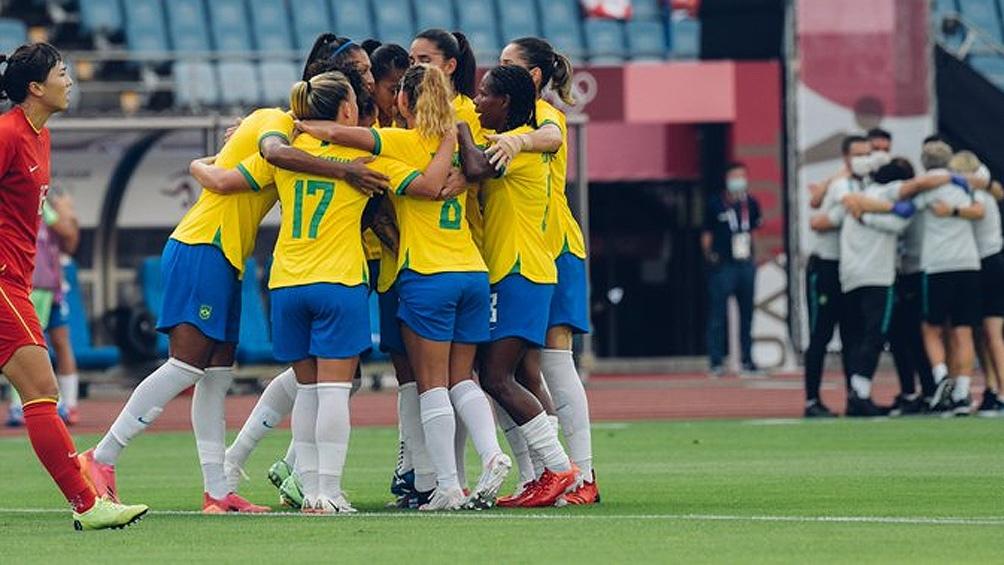 Brasil es uno de los candidatos en fútbol femenino.