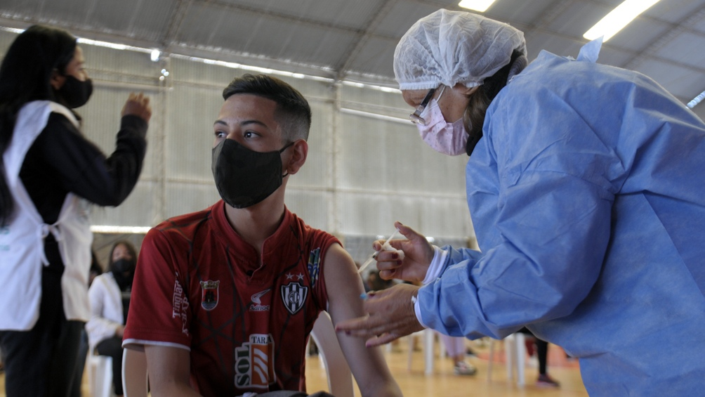 """La funcionaria informó que """"tenemos 42 millones de dosis de vacunas, 74% de los mayores de 18 años vacunados"""". Foto: Emilio Rapetti"""