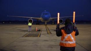 Argentina superó los 40 millones de dosis recibidas con un nuevo vuelo que llegó de China