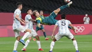 Argentina va por una victoria crucial frente a Egipto para seguir con chances