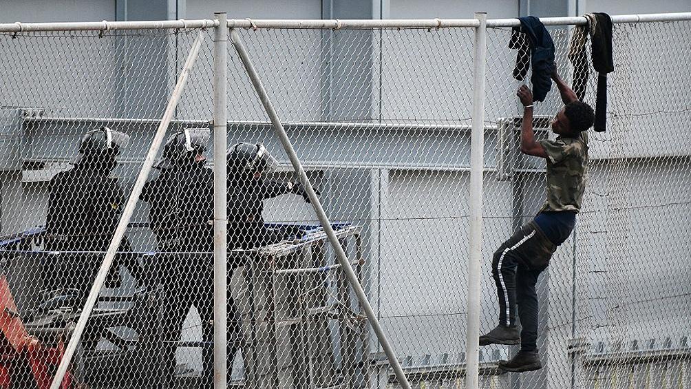 La ciudad se vio sorprendida por la entrada repentina de más de 10.000 migrantes
