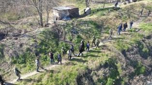 Desbarataron una banda que usaba una tirolesa para cruzar drogas por sobre el río Matanza