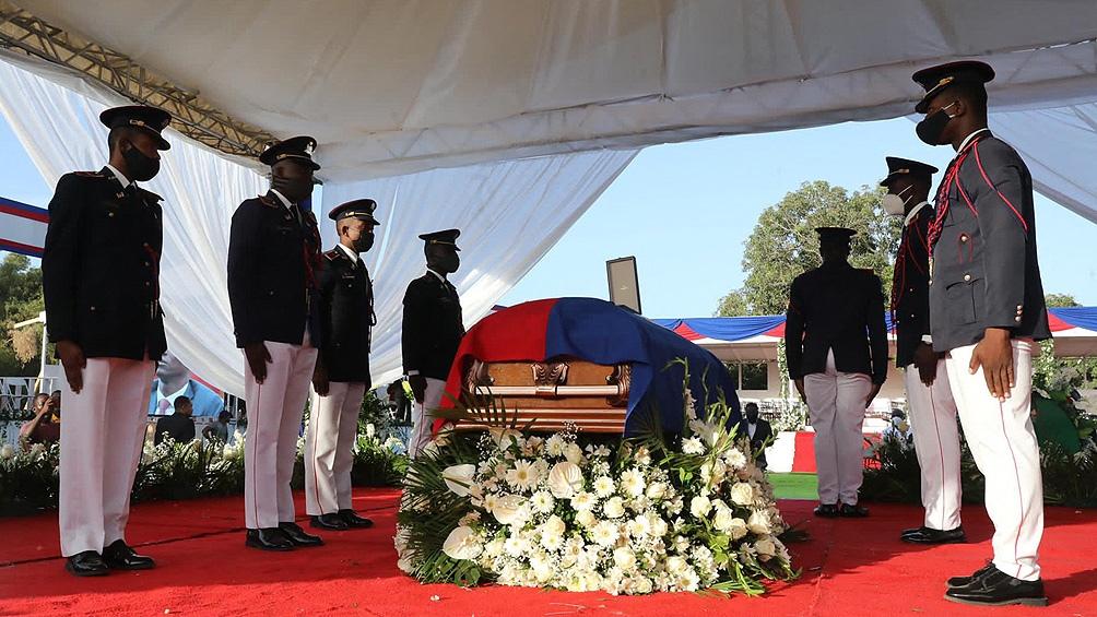 Martina Moise regresó a su país para los funerales de su marido.
