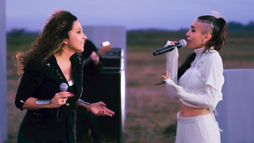 """Patricia Sosa y María Becerra interpretaron """"Endúlzame los oídos"""" y """"Acaramelao"""". Foto: Prensa Premios Gardel."""