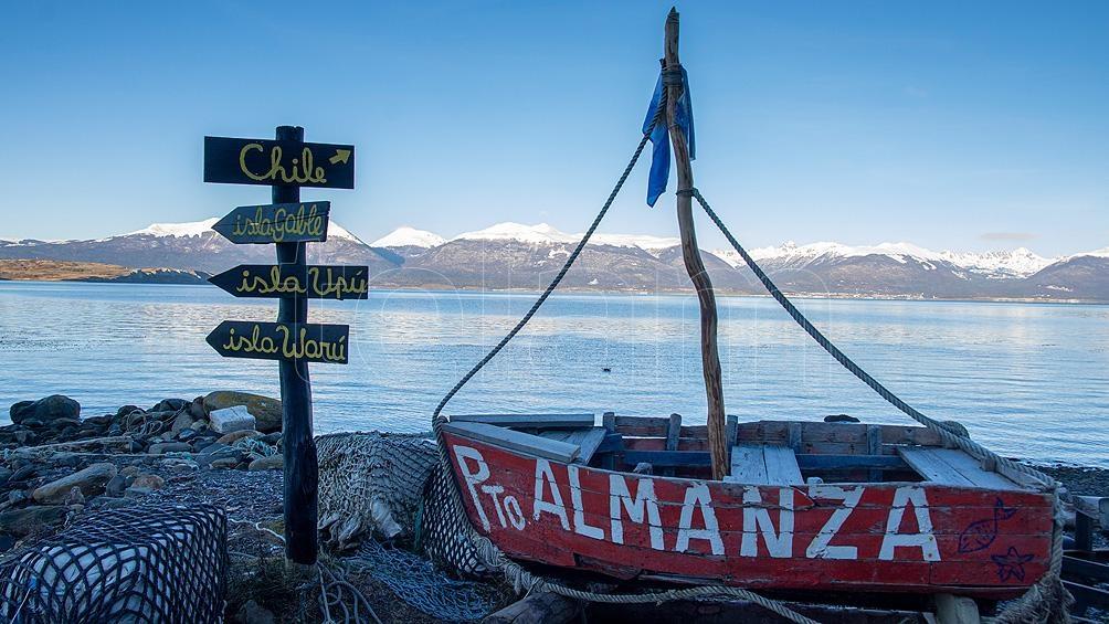 Actualmente Puerto Almanza es habitado por alrededor de 100 y 150 pobladores permanentes, muchos de ellos pescadores artesanales. Foto: Cristian Urrutia