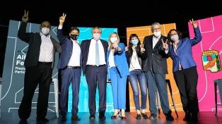 """""""Unidad"""" y """"esperanza"""" en la pospandemia, los ejes de la campaña del Frente de Todos"""