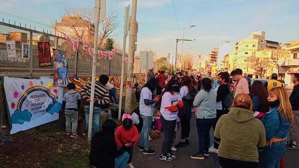 El acto se realizó sobre avenida Rivadavia y Maipú en Haedo, partido de Morón.