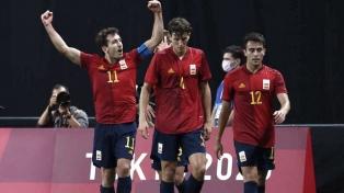 España, próximo rival de Argentina, venció a Australia y es líder del grupo C