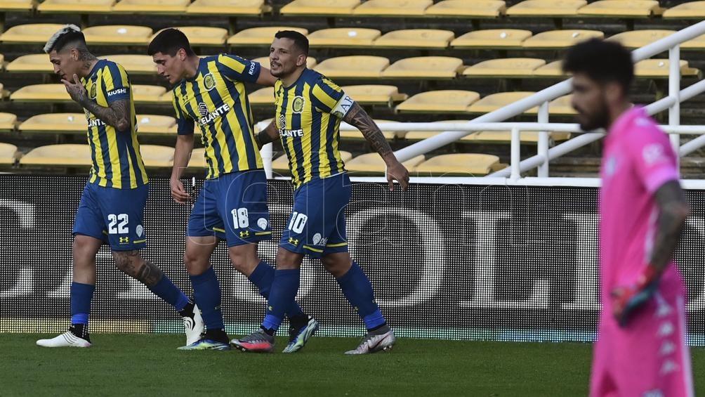 Rosario Central recibirá este domingo a Vélez Sarsfield en el Gigante de Arroyito. Foto: Sebastián Peralta.
