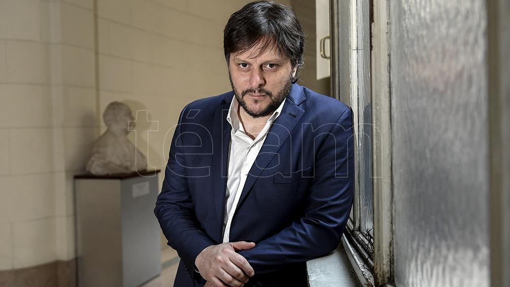 """""""Electoralmente reporta poco"""" planteó Santoro respecto de los cambios de distrito de Vidal y Santilli."""