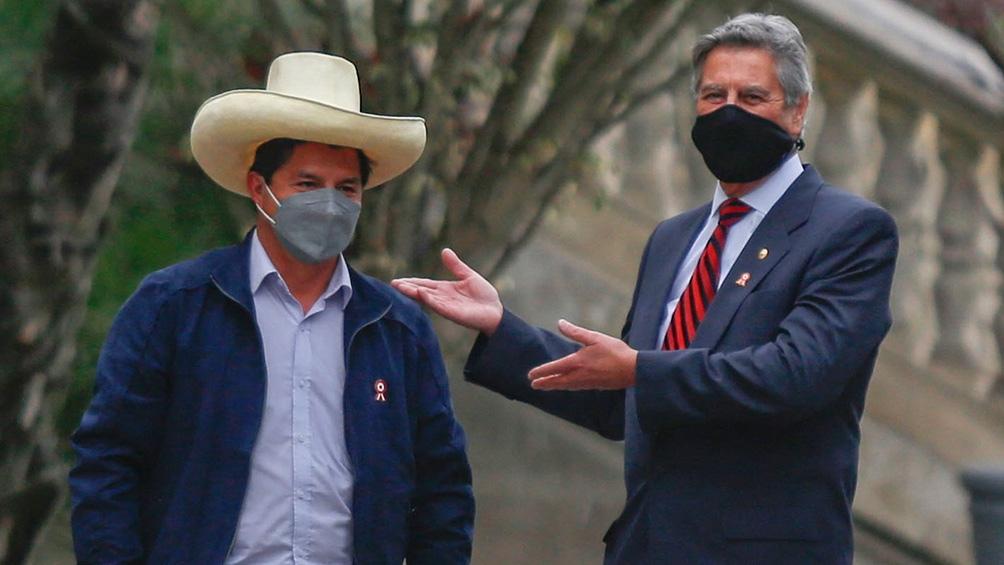 Pedro Castillo enfrenta un Congreso opositor para iniciar su mandato. Foto: AFP: