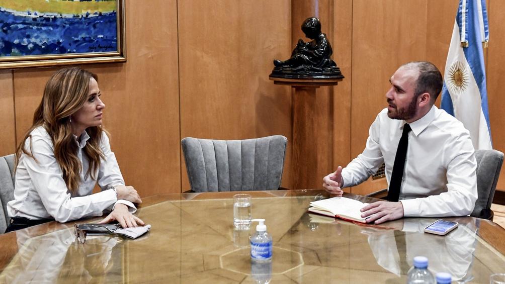 El encuentro de Tolosa Paz con Guzmán se realizó en el Ministerio de Economía