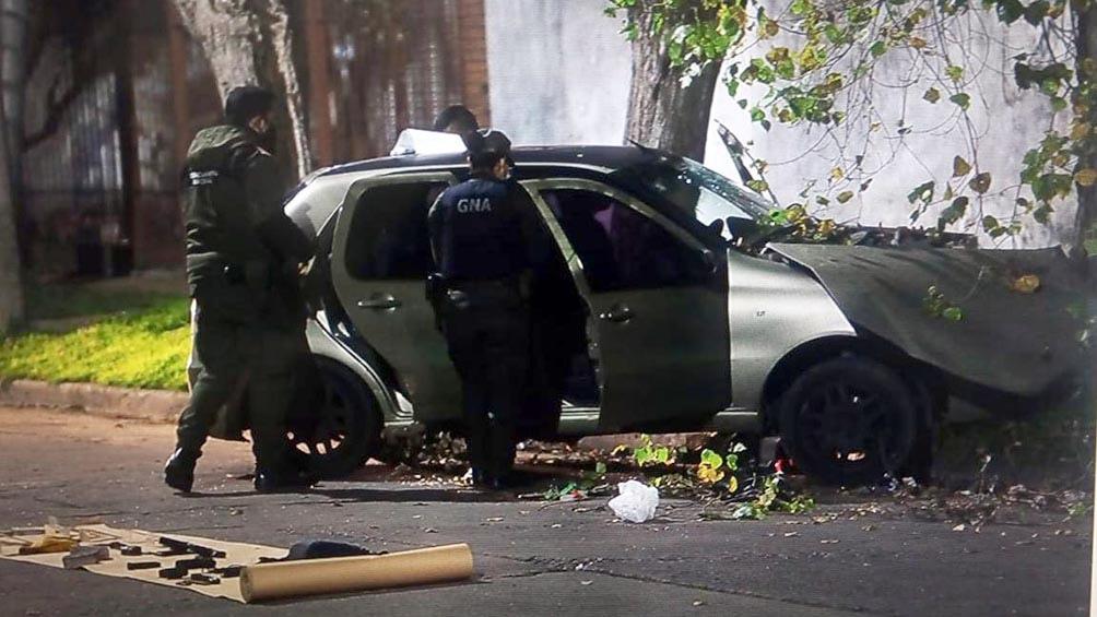 Un policía federal mató a un asaltante e hirió a otro que lo mantenían cautivo en un auto