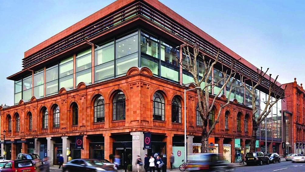 Uno de los ejes del proceso es un inmueble en el número 60 de Sloane Avenue, en el barrio Chelsea, de Londres, que según la acusación fue adquirido en 2014 con fondos reservados.