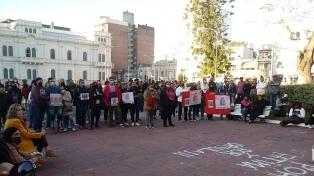 """Un """"banderazo"""" en reclamo de justicia por los travesticidios y transfemicidios"""