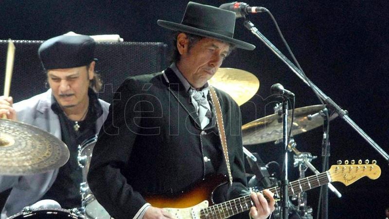 Bob Dylan: a 55 años de un accidente en moto que aún alimenta leyendas