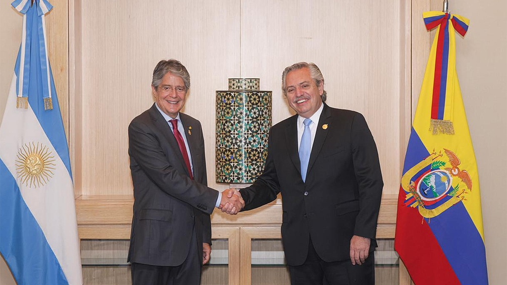 En Lima, Fernández mantuvo una reunión bilateral con su par ecuatoriano, Guillermo Lasso