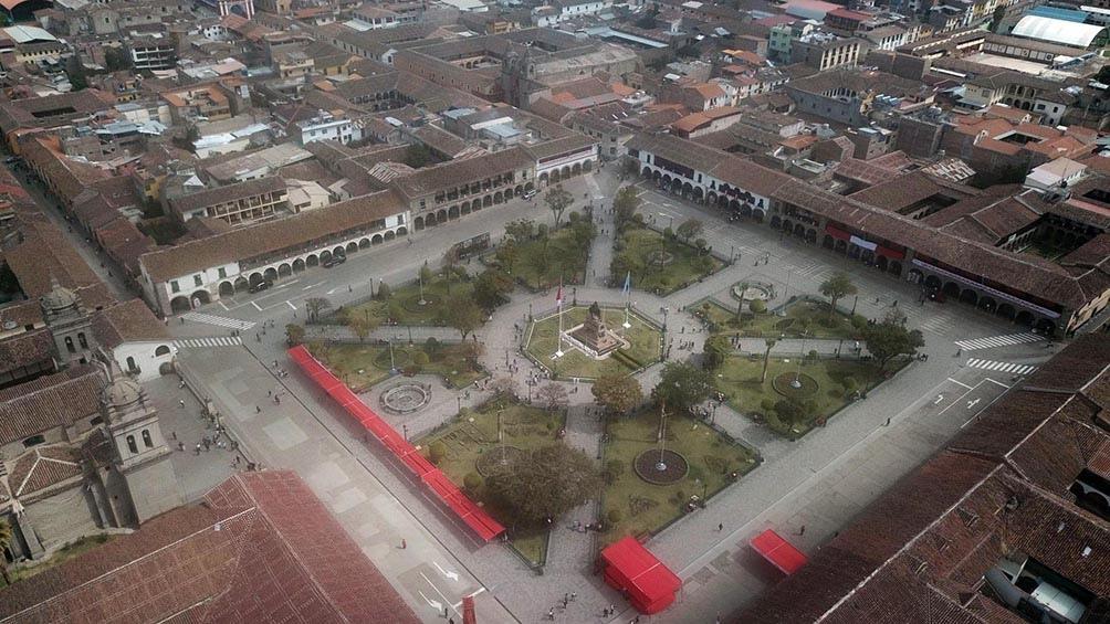 El acto se desarrolló junto al obelisco de 44 metros que rinde homenaje a los comandantes independentistas. Foto: Agencia Andina.