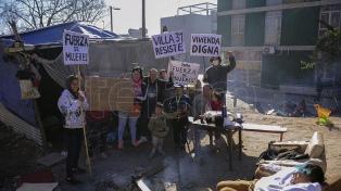 A un mes de la toma de un predio en el Barrio 31, las familias reclaman urgente solución a CABA