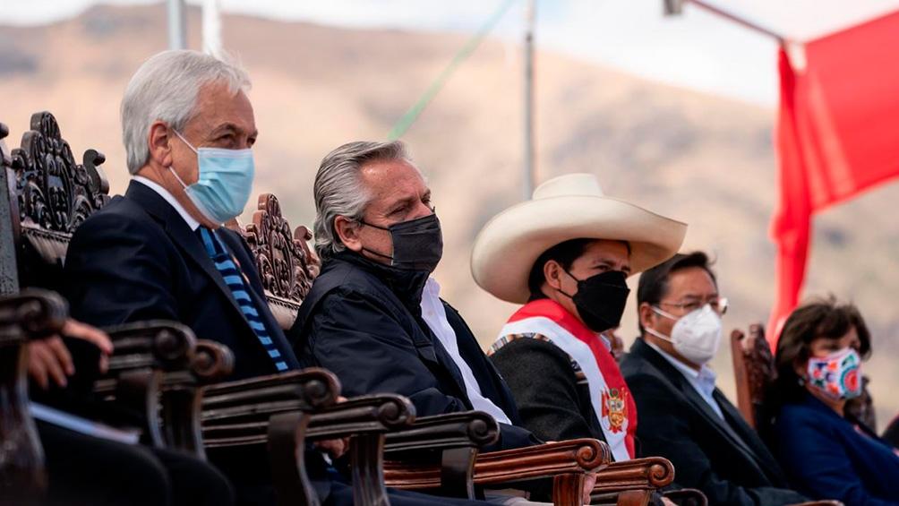 El Presidente participó del acto conmemorativo de asunción de mando de Castillo