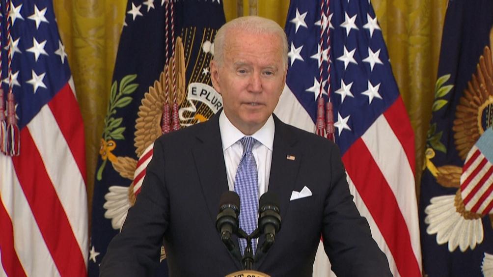 Biden pidió al Departamento de Justicia y a otros organismos pertinentes que revisen la desclasificación.