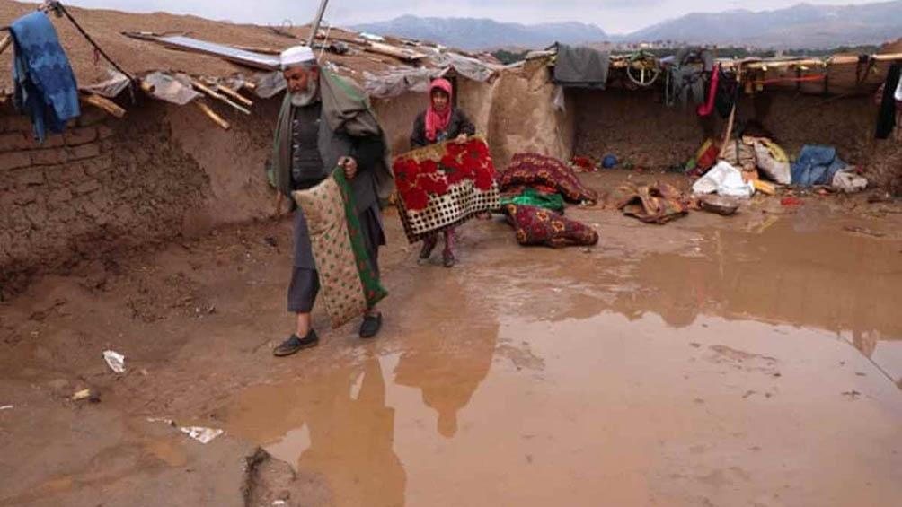 El fenómeno provocado por lluvias torrenciales fue en el distrito de Kamdesh, a 200 kilómetros al noreste de Kabul.