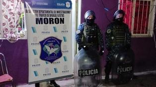 Once detenidos acusados de venta de drogas al menudeo en Morón