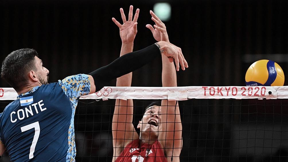 El seleccionado de voleibol superó en tres sets a una potencia como EEUU.