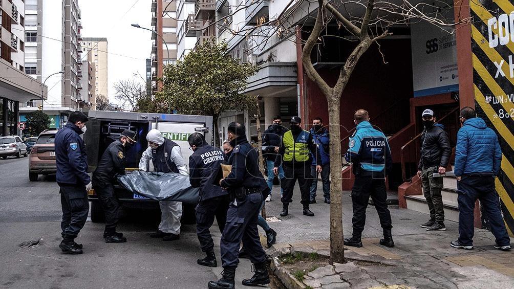 Tres jóvenes mujeres fueron halladas muertas hoy en un departamento de Mar del Plata.