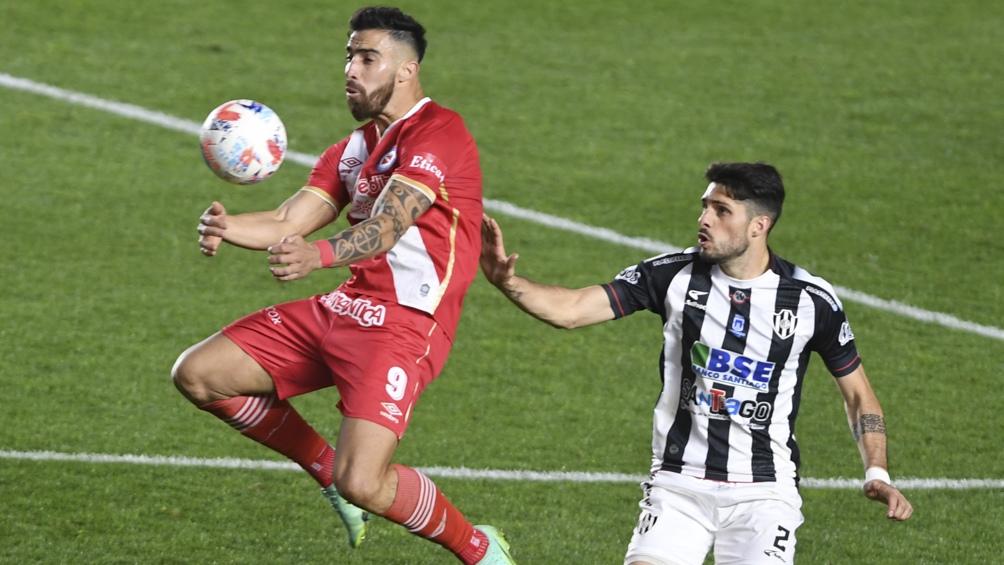 El Bicho y Central Córdoba igualaron en un gol. Foto: Maxi Luna