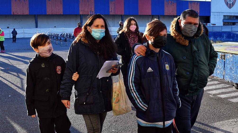 Las condiciones de priorización para los adolescentes fueron definidas en el encuentro anterior del CoFeSa. (Foto Paula Ribas)