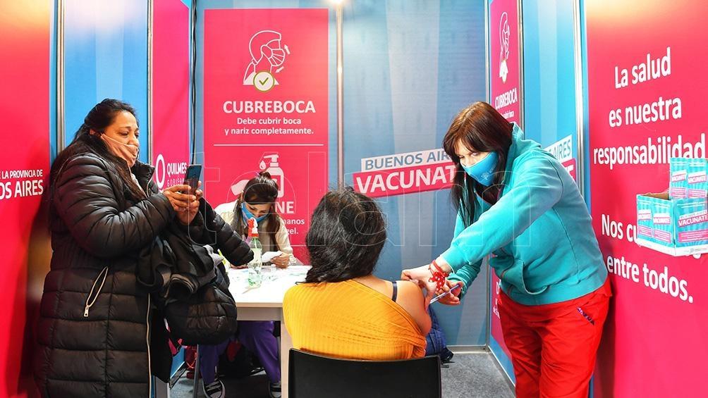 En el distrito bonaerense son 154.191 las personas de este grupo poblacional que iniciaron su esquema de vacunación (Foto: Paula Ribas).