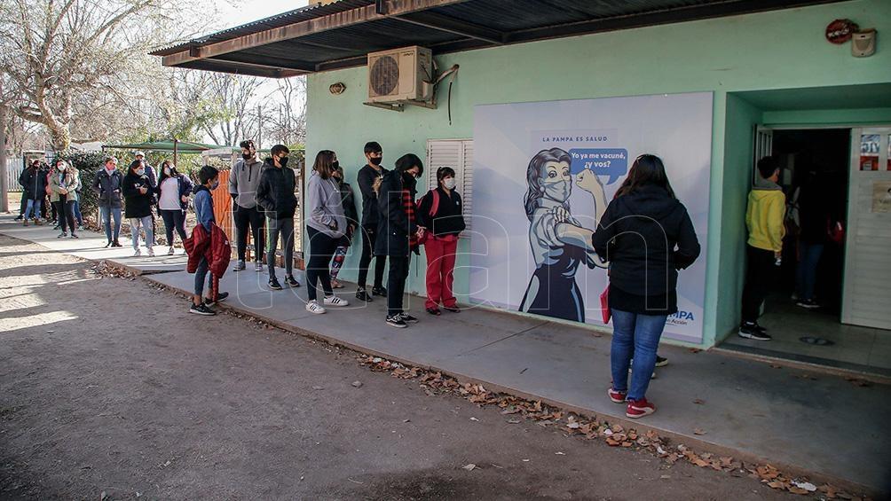 En Catamarca las adolescentes que cursen un embarazo y aquellos jóvenes que tengan el Certificado Único de Discapacidad no necesitan inscribirse. Foto: Julian Varela