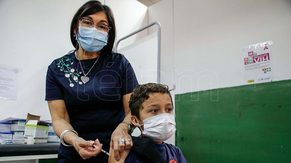 En Córdoba son alrededor de 320.000 los adolescentes susceptibles de recibir la inoculació. Foto: Julian Varela