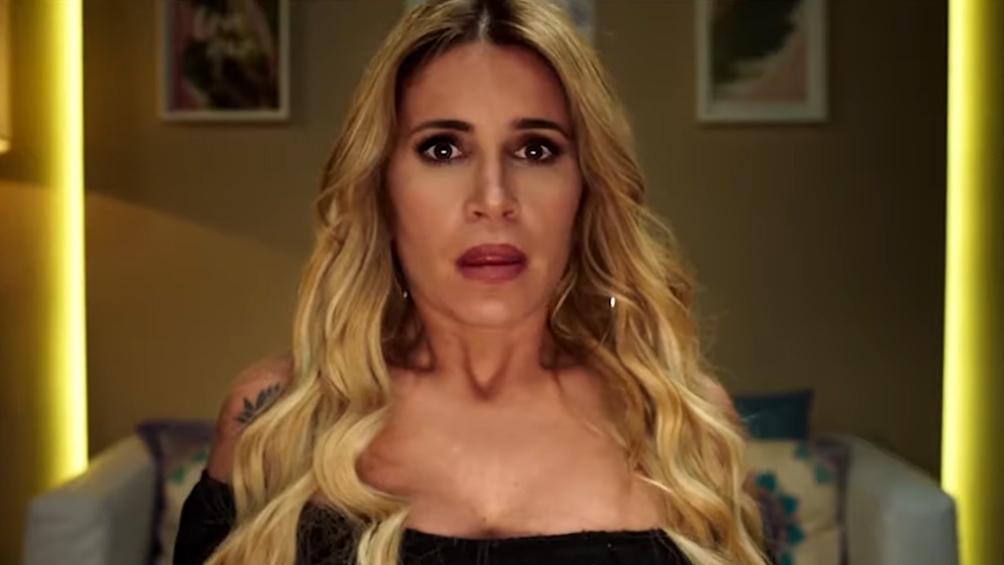 Flor Peña como la panelista metida en problemas